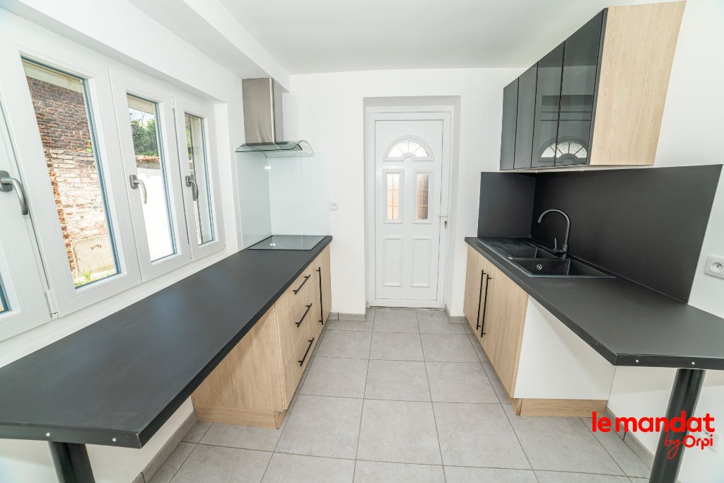Maison à louer 4 70m2 à Chauny vignette-2