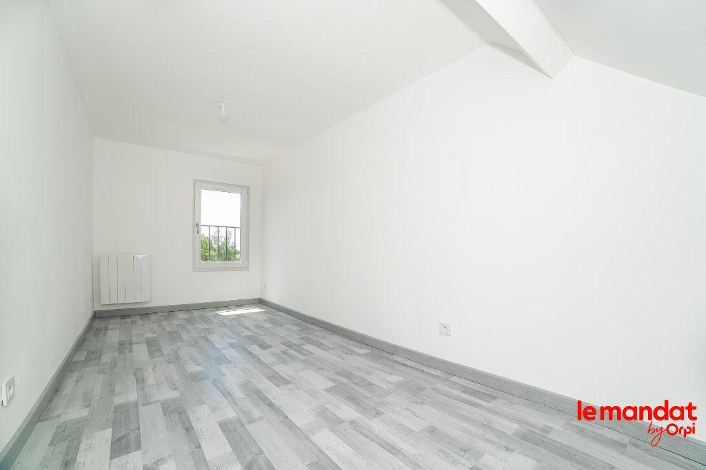 Maison à louer 4 70m2 à Chauny vignette-8