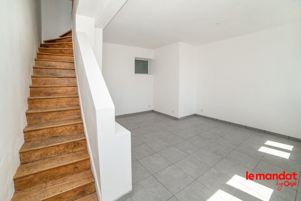 Maison à louer 4 70m2 à Chauny vignette-11