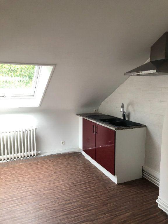 Appartement à louer 2 62.87m2 à Laon vignette-1