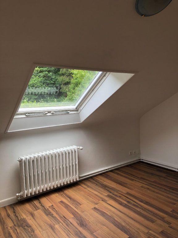 Appartement à louer 2 62.87m2 à Laon vignette-2