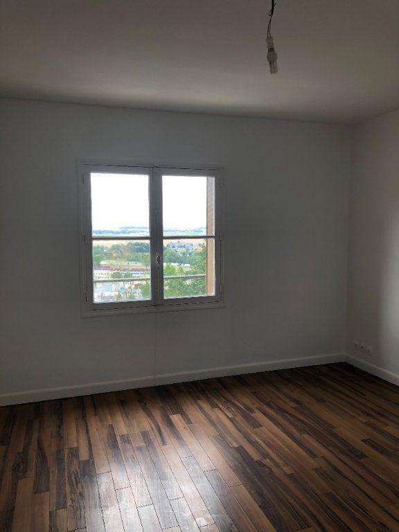 Appartement à louer 2 62.87m2 à Laon vignette-3