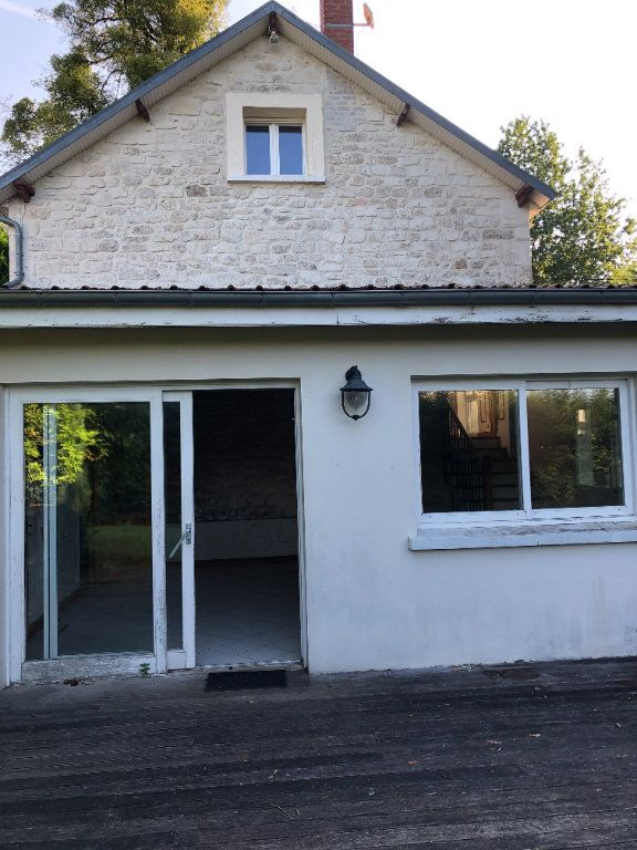 Maison à louer 5 124.75m2 à Trucy vignette-2