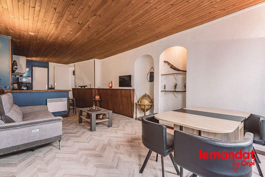 Appartement à vendre 2 46m2 à Laon vignette-2