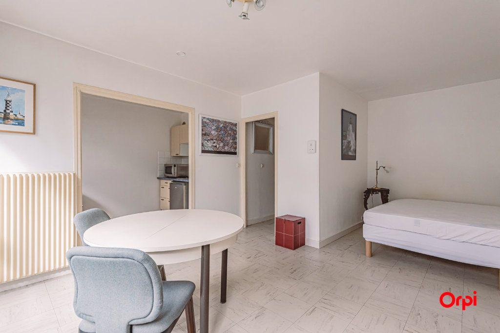 Appartement à louer 1 31.87m2 à Laon vignette-2