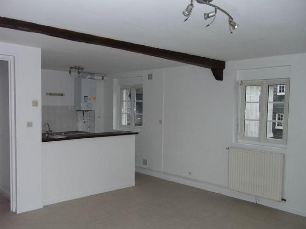 Appartement à louer 3 57.05m2 à Pont-Audemer vignette-1