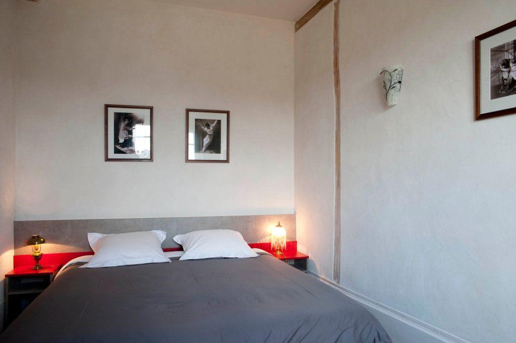 Appartement à louer 2 54.4m2 à Lyon 5 vignette-4