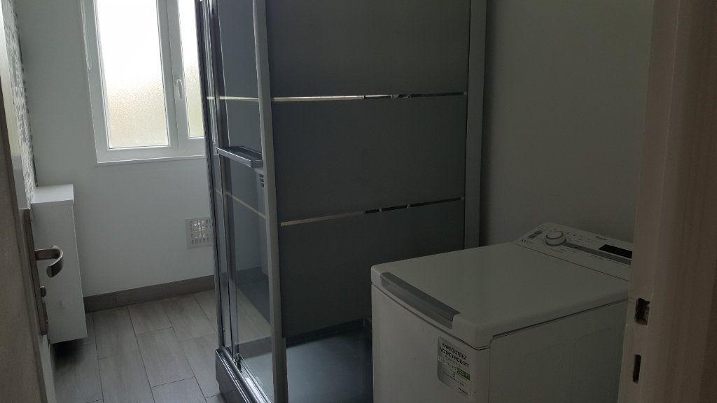 Appartement à vendre 4 67.85m2 à Oissel vignette-9