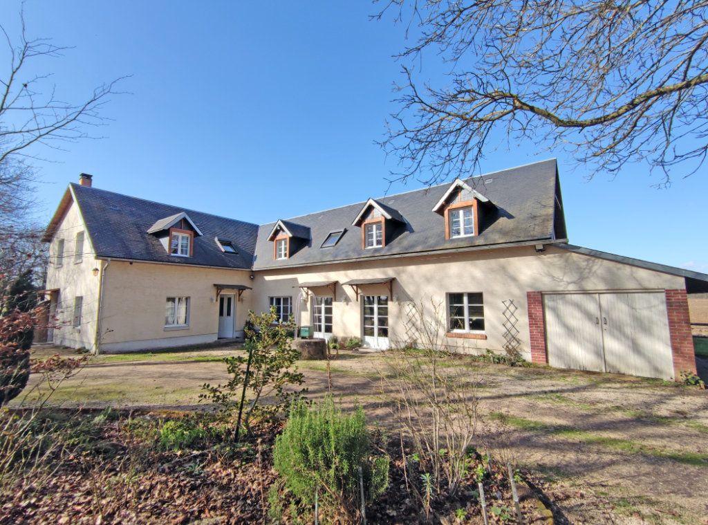 Maison à vendre 8 279m2 à Coulmiers vignette-1