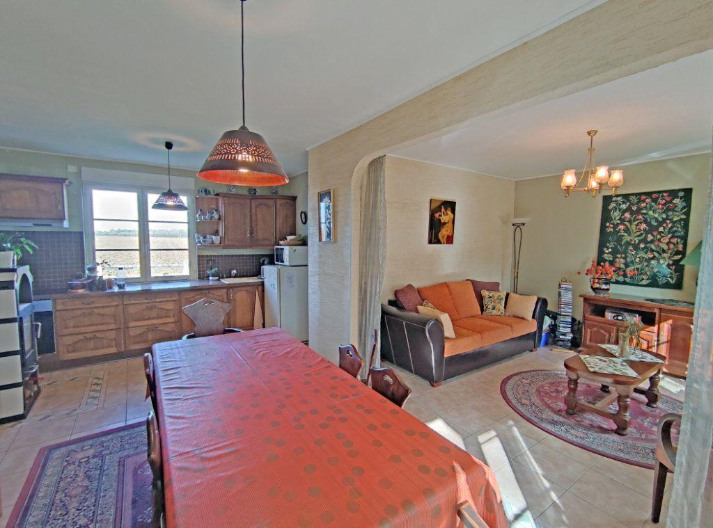 Maison à vendre 8 279m2 à Coulmiers vignette-7