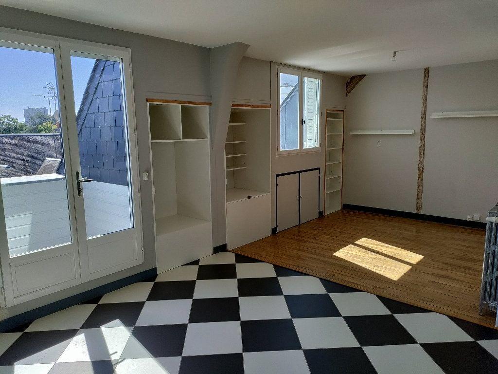 Appartement à vendre 4 102m2 à Orléans vignette-1