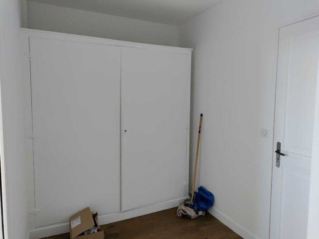 Appartement à vendre 4 102m2 à Orléans vignette-11