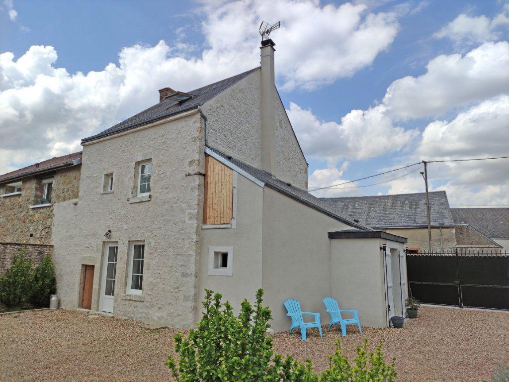 Maison à vendre 4 101m2 à Saint-Sigismond vignette-1