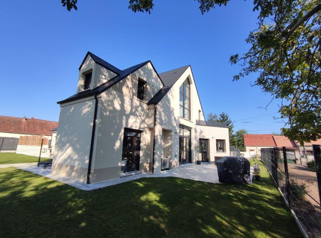 Maison à vendre 6 145m2 à Chécy vignette-1