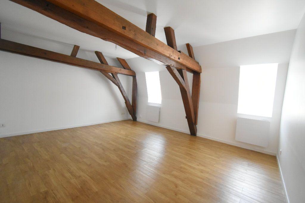 Appartement à louer 3 56m2 à Arras vignette-5