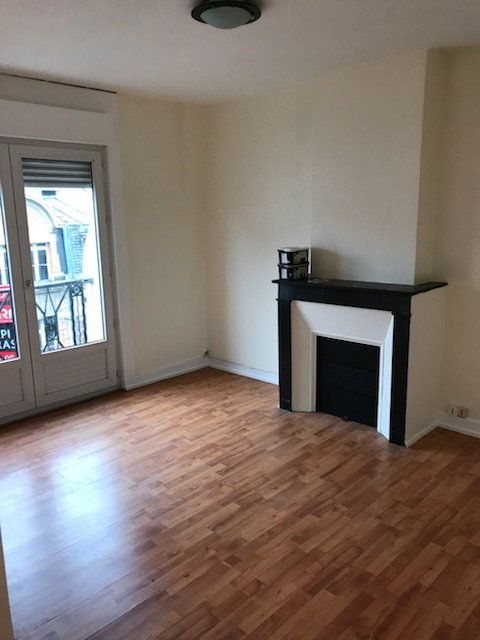 Appartement à louer 1 30m2 à Arras vignette-1