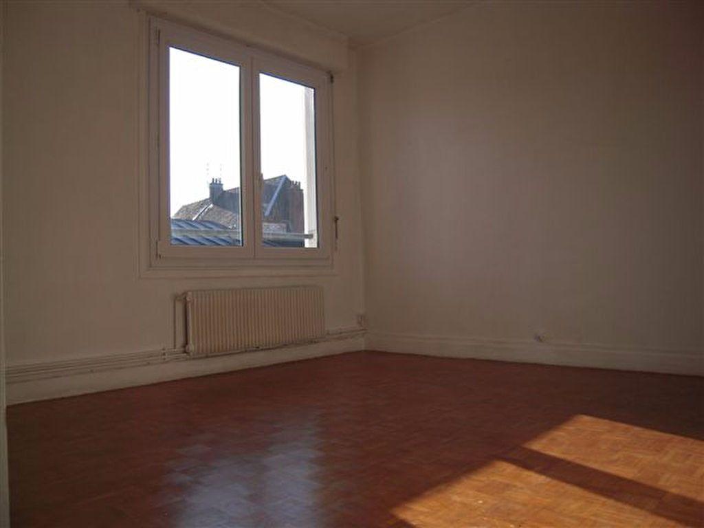 Appartement à louer 3 80m2 à Arras vignette-2