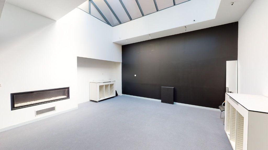 Appartement à vendre 3 297m2 à Arras vignette-1