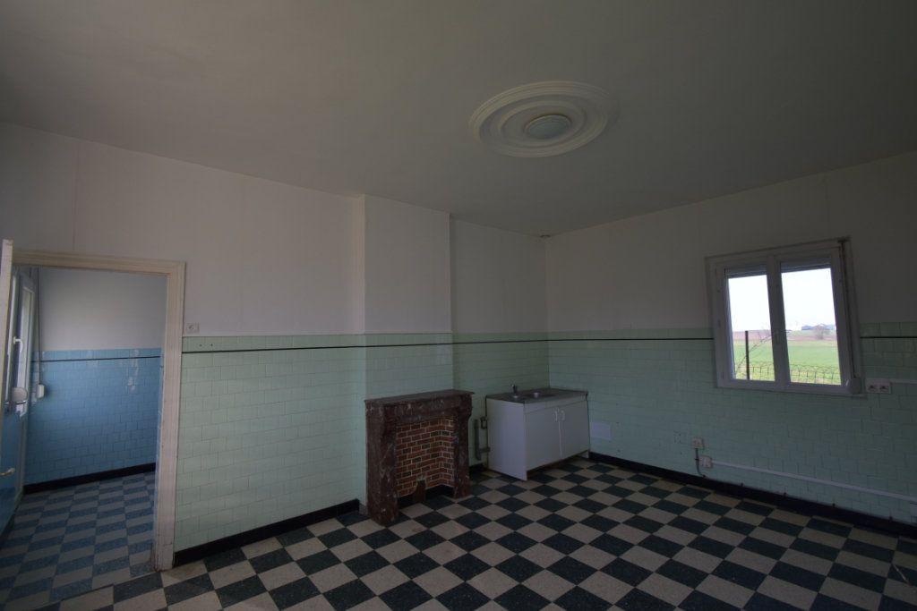 Maison à vendre 6 123.44m2 à Lebucquière vignette-6