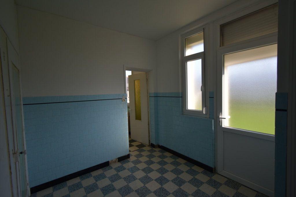 Maison à vendre 6 123.44m2 à Lebucquière vignette-7