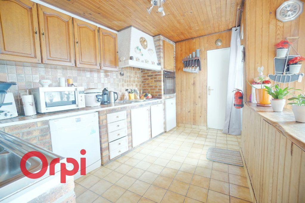 Maison à vendre 4 125m2 à Arras vignette-4