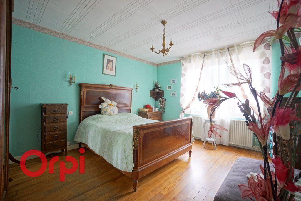 Maison à vendre 4 125m2 à Arras vignette-8