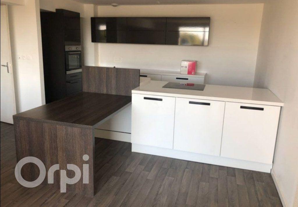 Appartement à vendre 4 85m2 à Arras vignette-1