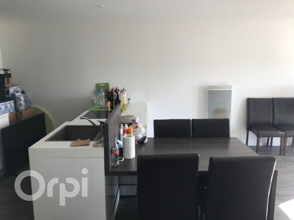 Appartement à vendre 4 85m2 à Arras vignette-2
