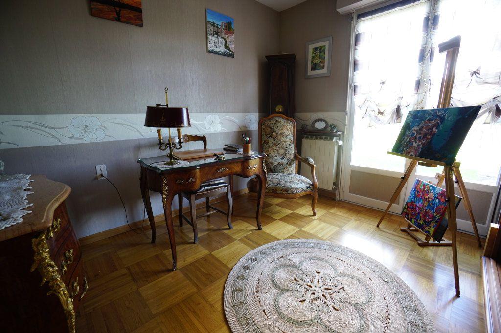 Maison à vendre 5 150m2 à Arras vignette-5
