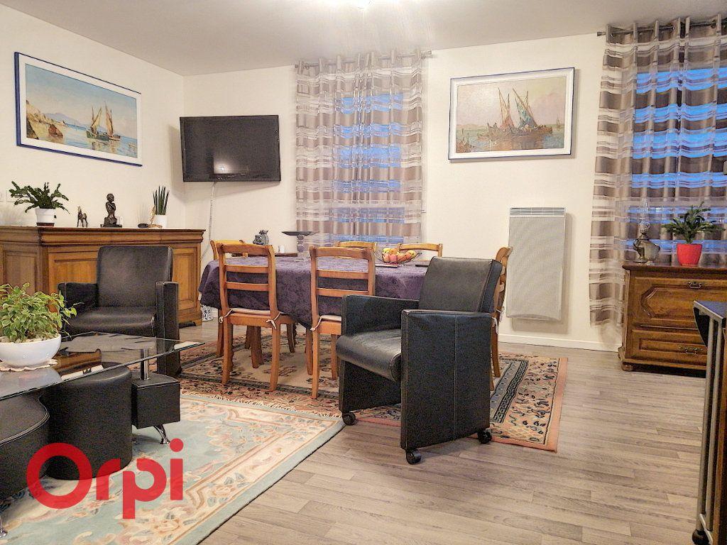 Appartement à vendre 4 113m2 à Achicourt vignette-4