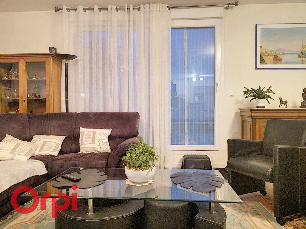 Appartement à vendre 4 113m2 à Achicourt vignette-5
