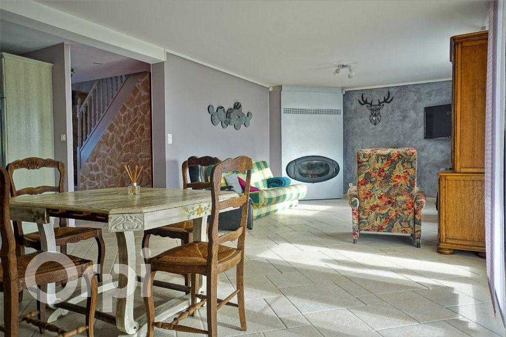 Maison à vendre 7 197m2 à Tilloy-lès-Hermaville vignette-3