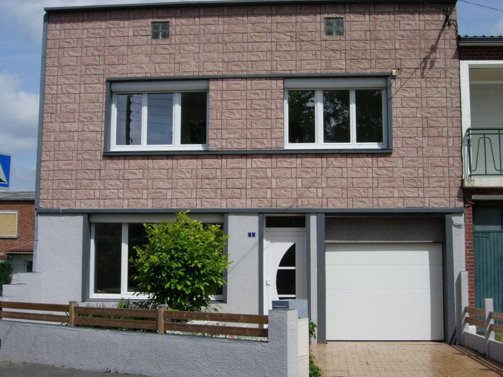 Maison à louer 4 91m2 à Arras vignette-1