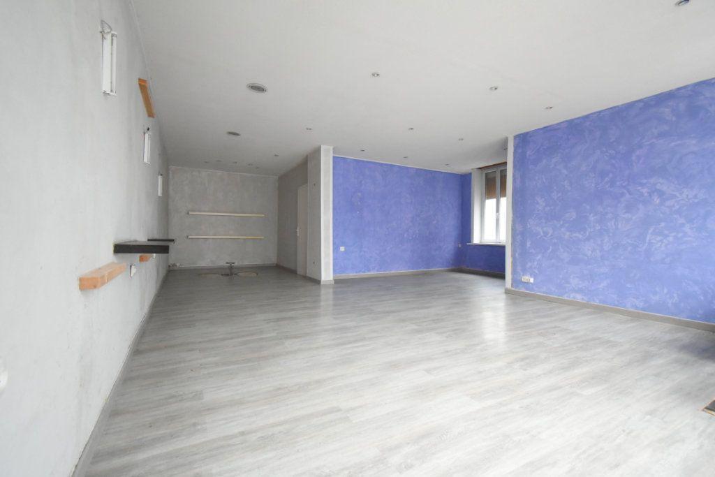 Immeuble à vendre 0 203.9m2 à Avesnes-le-Comte vignette-3