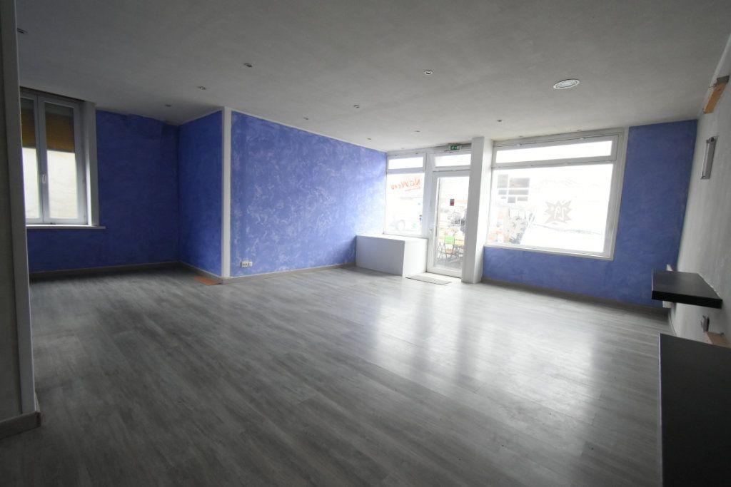 Immeuble à vendre 0 203.9m2 à Avesnes-le-Comte vignette-4