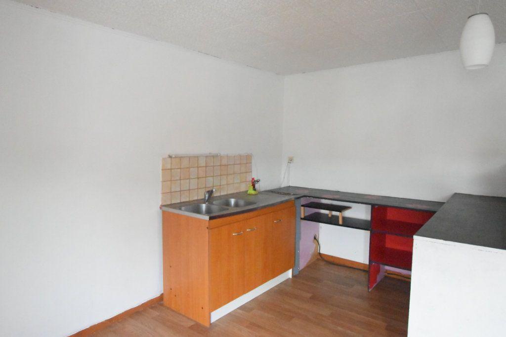 Immeuble à vendre 0 203.9m2 à Avesnes-le-Comte vignette-6