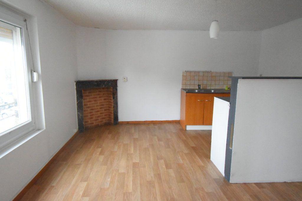 Immeuble à vendre 0 203.9m2 à Avesnes-le-Comte vignette-7