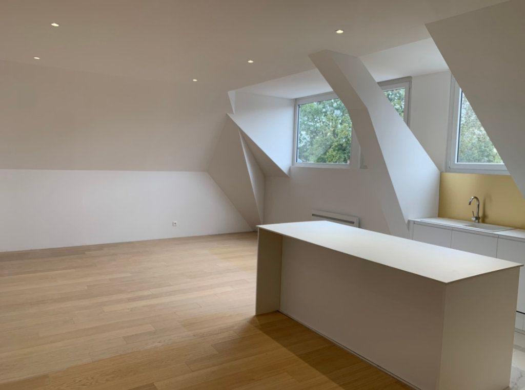 Appartement à vendre 3 75m2 à Arras vignette-1
