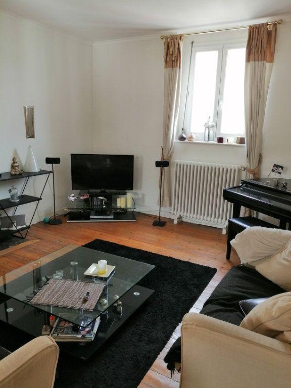 Appartement à vendre 4 123.77m2 à Arras vignette-4