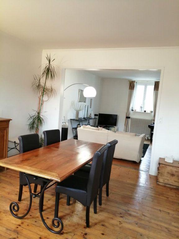 Appartement à vendre 4 123.77m2 à Arras vignette-6