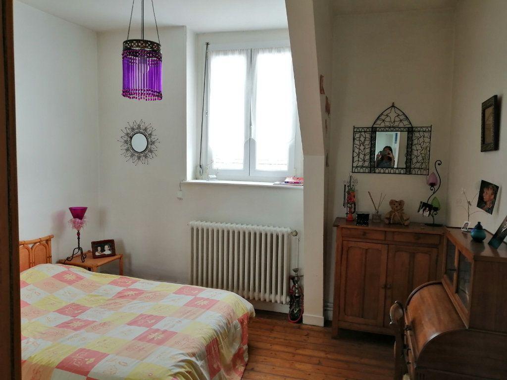 Appartement à vendre 4 123.77m2 à Arras vignette-9