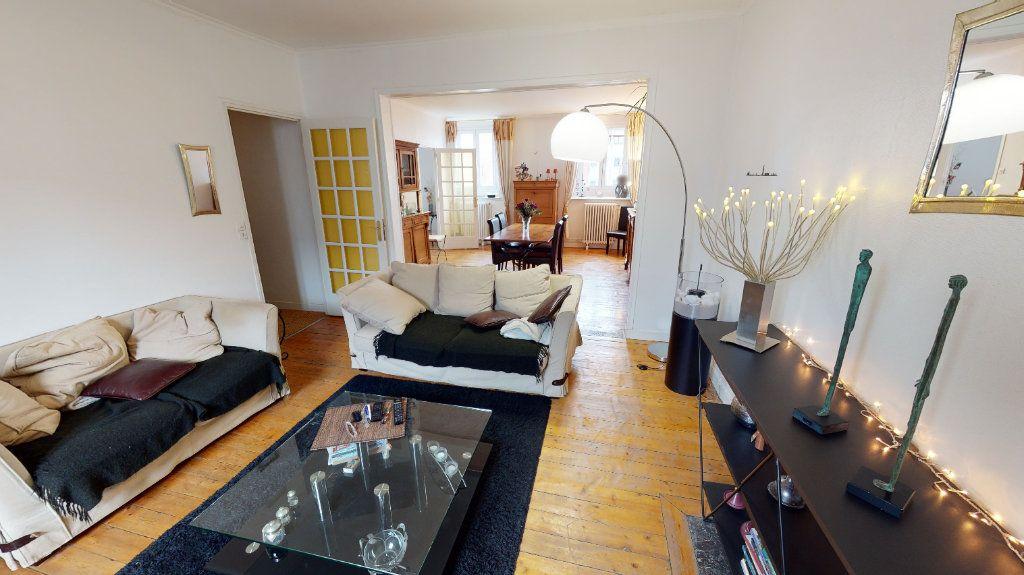 Appartement à vendre 4 123.77m2 à Arras vignette-11