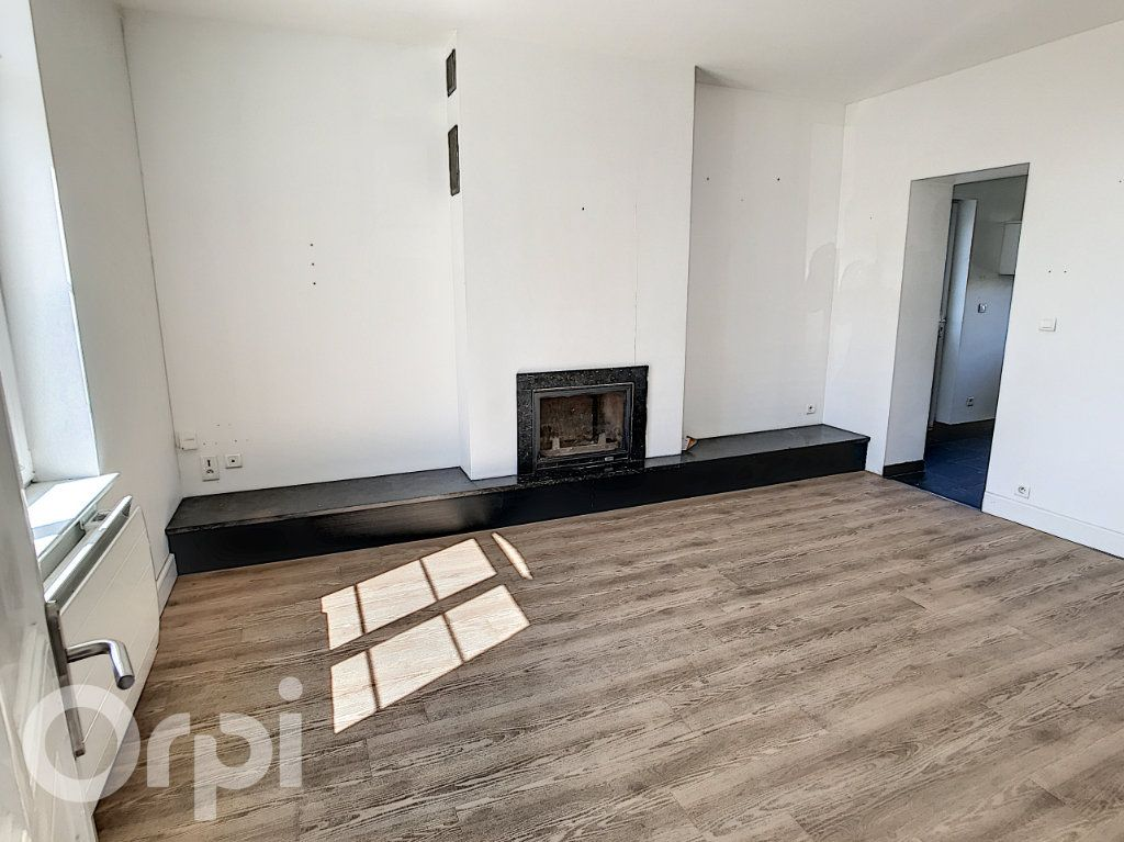 Maison à vendre 5 120m2 à Beaurains vignette-5