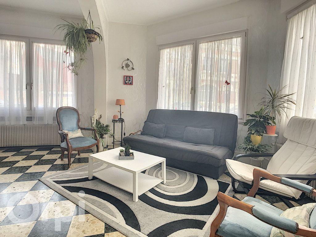 Maison à vendre 6 145m2 à Arras vignette-3