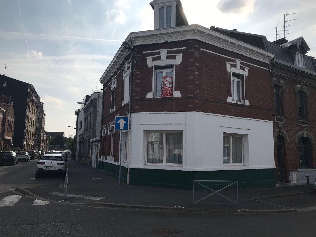 Maison à vendre 6 145m2 à Arras vignette-5