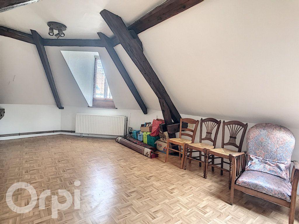 Maison à vendre 6 145m2 à Arras vignette-6