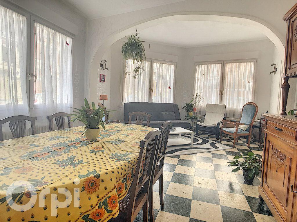 Maison à vendre 6 145m2 à Arras vignette-9