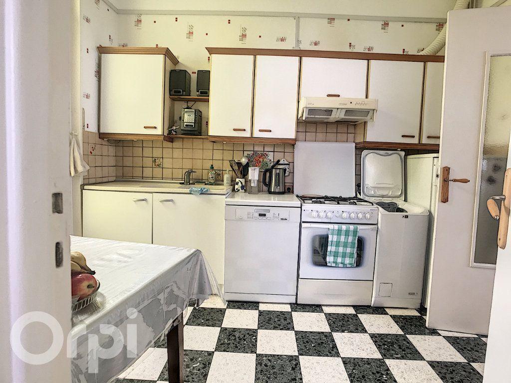 Maison à vendre 6 145m2 à Arras vignette-10