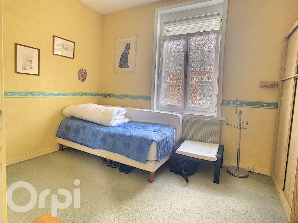 Maison à vendre 6 145m2 à Arras vignette-11