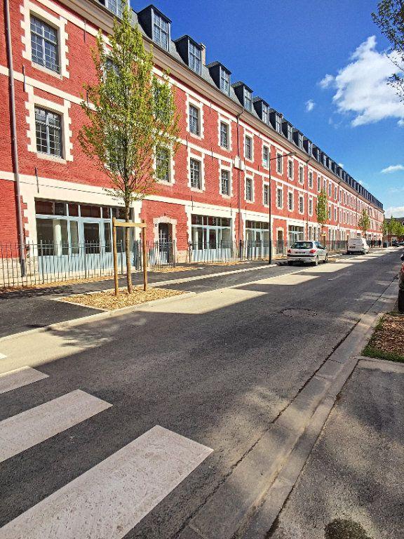 Appartement à louer 2 47m2 à Arras vignette-1